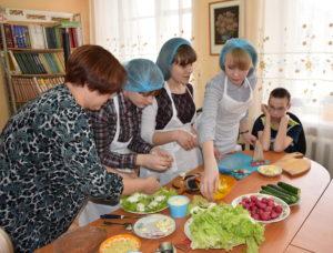 Мастер-класс по изготовлению праздничных бутербродов.