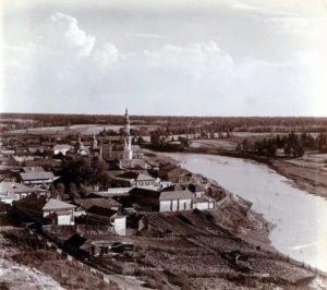 Верхотурье XIX век. В центре снимка - церкви, построенные на средства М.Походяшина