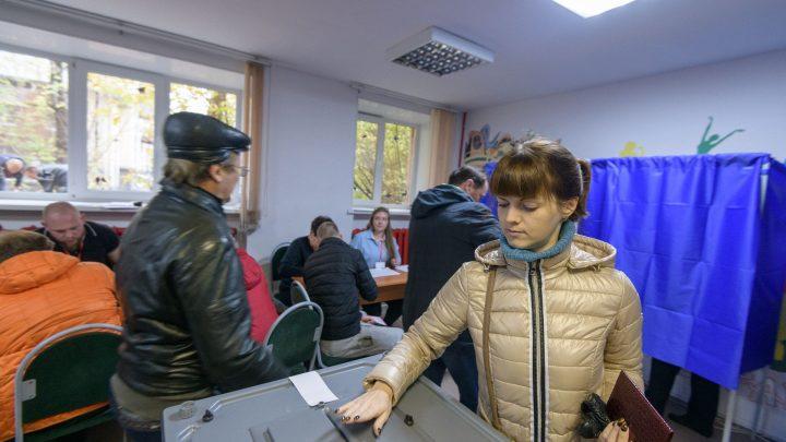 Где собору быть В воскресенье жители Екатеринбурга выбирали площадку под храм
