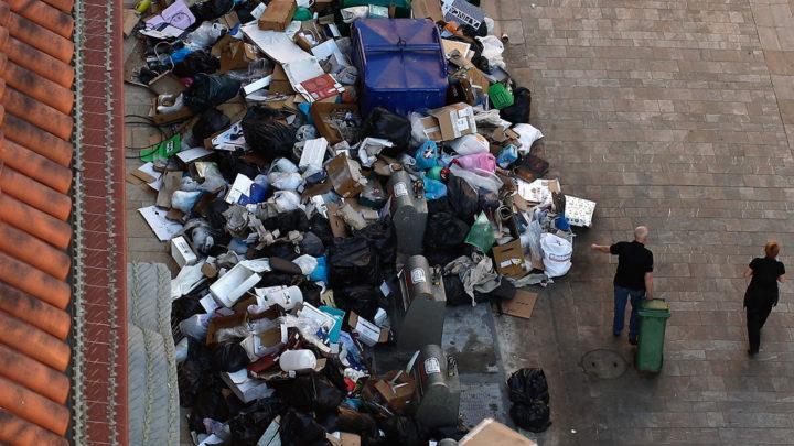 Виктор и его победа Житель Подмосковья доказал в суде, что имеет право не платить за мусор в те месяцы, когда не живет в загородном доме