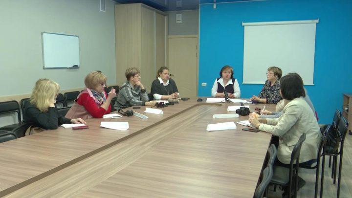 Пресс конференция с начальником управления образования.