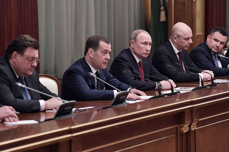 В Госдуме назвали отставку кабмина реализацией запроса на перемены