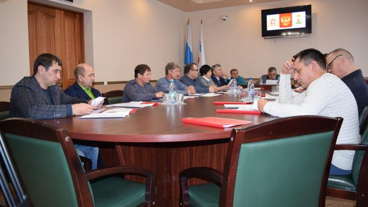 Новости из думы 18 марта депутаты рассмотрели положение о порядке организации и проведении публичных слушаний.