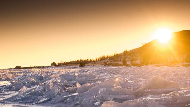 Одиночное путешествие: в поисках льда Североуралец Алексей Паршуков недавно вернулся из одиночного маршрута по Байкалу