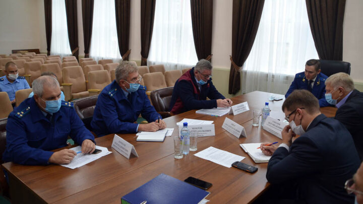 Под контролем Областная прокуратура продолжает контролировать состояние водных объектов севера Свердловской области
