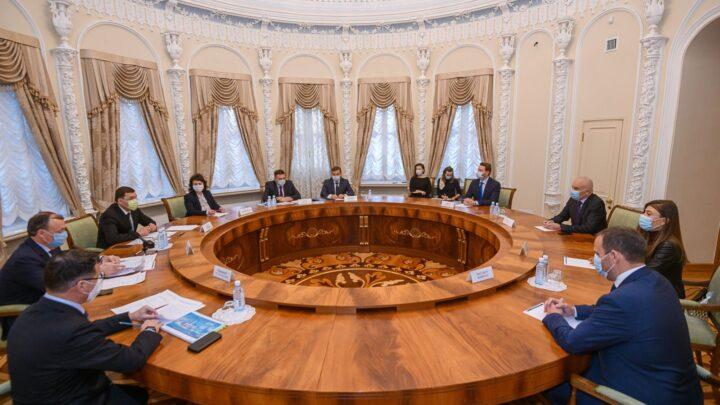 Евгений Куйвашев и Нис Хатт обсудили этапы подготовки к саммиту SportAccord-2021 в Екатеринбурге