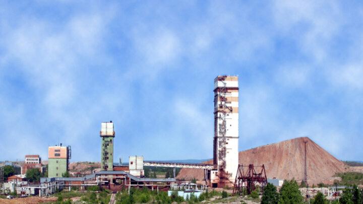 РУСАЛ выплатит премии рабочим своих предприятий по итогам 2020 года
