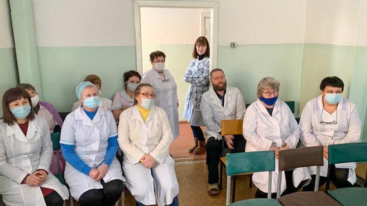 Сердечные поздравления Министр здравоохранения России Михаил Мурашко назвал врачей национальными героями 2020 года