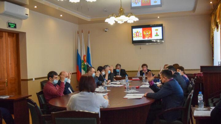 Об утверждении бюджета 23 декабря народные избранники собрались на последнее заседание думы в уходящем году