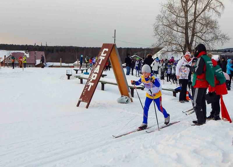 На пьедестале почёта лыжники 6 февраля в Новой Ляле прошли окружные соревнования по лыжным гонкам «Новолялинский вызов» в зачёт Кубка северных городов-2021