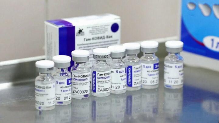Больница призывает привиться! На прошлой неделе поступила очередная партия вакцины от COVID-19 на 850 человек