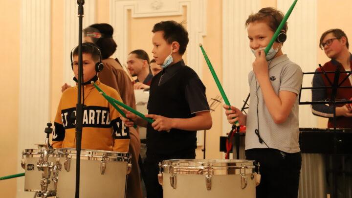 Свердловская детская филармония на грант губернатора запустила проект для детей с нарушениями слуха