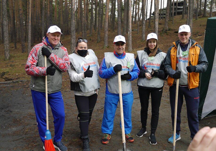 16 тонн мусора собрали участники «Чистых игр» в Свердловской области