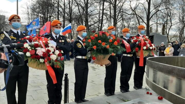 Уральцы почтили память жертв катастрофы на Чернобыльской АЭС