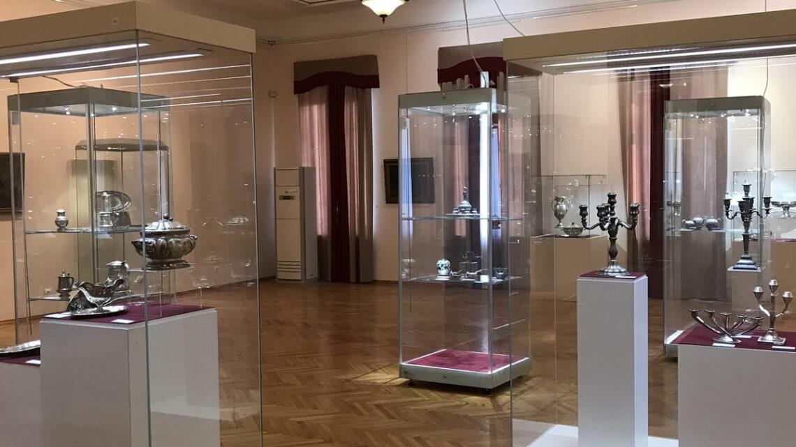 Уникальный выставочный проект «Время Серебра» открылся в Свердловской области