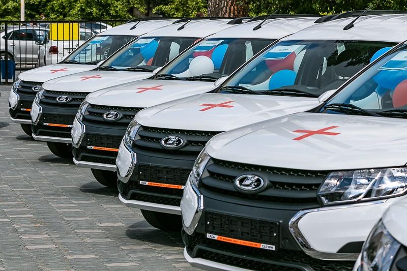 Автопарк Североуральской Центральной городской больницы пополнился тремя новыми автомобилями