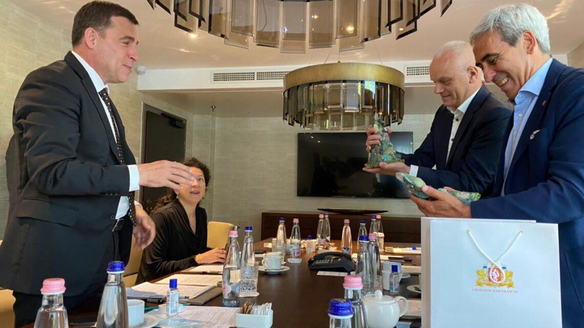 Евгений Куйвашев и президент ассоциации SportAccord Рафаэль Кьюлли обсудили готовность к проведению саммита в Екатеринбурге