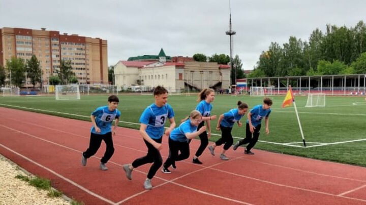 Ученики 7 класса школы № 14 поселка Калья приняли участие в региональном этапе Всероссийских спортивных соревнований школьников «Президентские состязания»