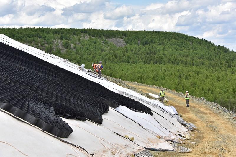 Продолжаются работы по рекультивации отвалов отработанного Шемурского месторождения