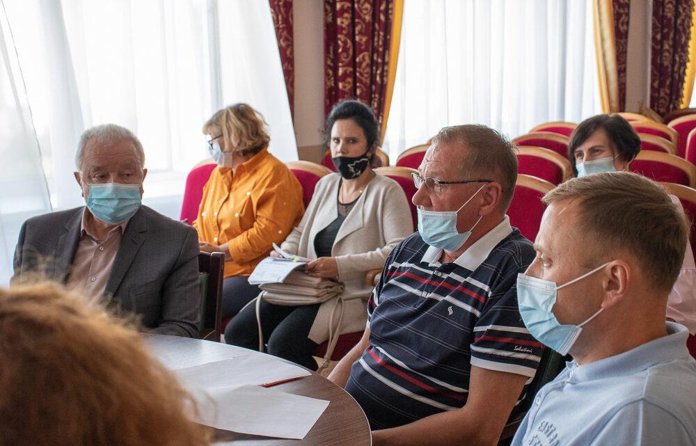 23 июля в администрации прошло очередное заседание территориальной трёхсторонней комиссии по регулированию социально-трудовых отношений