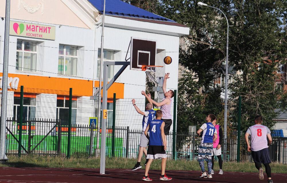«Оранжевый мяч»: Североуральск не отстаёт