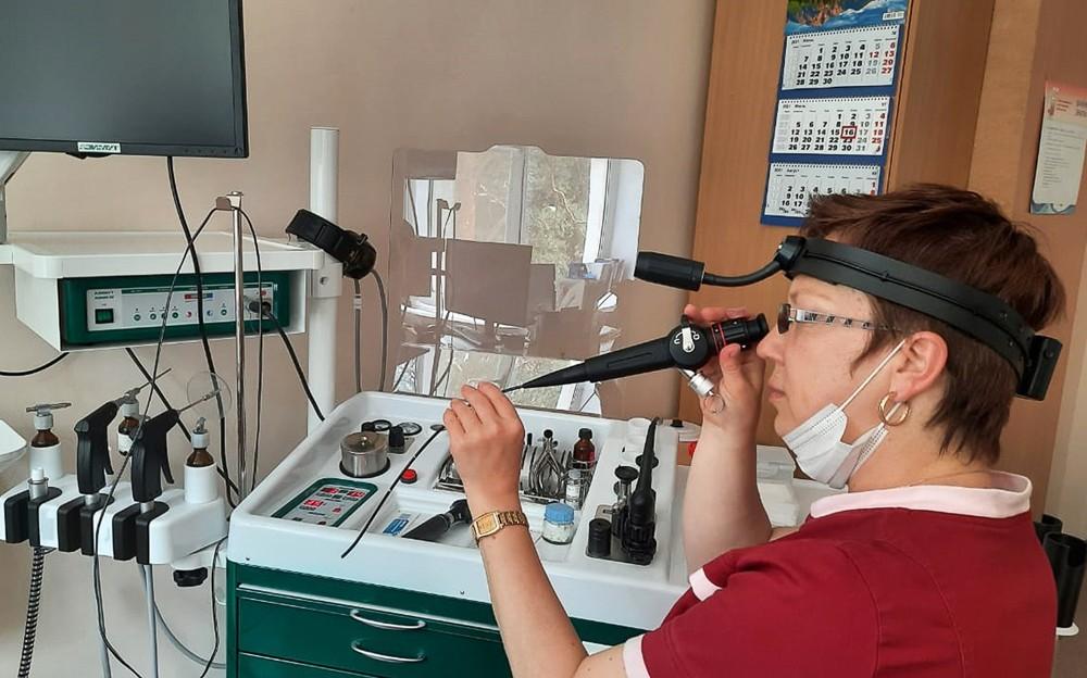В детскую поликлинику Краснотурьинска поступил гибкий оптоволоконный назофаринголарингоскоп