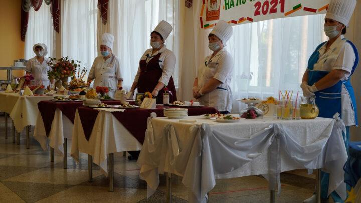 Накануне Дня шахтёра работницы субровских столовых боролись за звание лучшего повара
